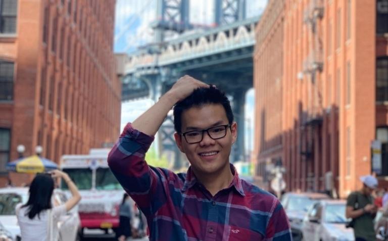 Tri and Brooklyn Bridge.jpg